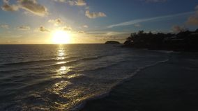 Tramonto tropicale stock footage