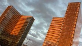 Tramonto urbano di rosso del bnf dei cieli di Parigi Fotografie Stock