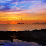 Tramonto variopinto della vista di Ibiza da Formentera Immagini Stock Libere da Diritti