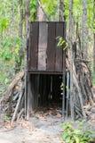 Trampa del tigre en bosque en Huai Kha Khaeng Wildlife Sanctuary, Tailandia Fotografía de archivo