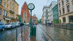 Trams auf allem Heilig-Quadrat, Krakau, Polen stock video