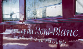 Tramspoor du Mont Blanc Inscription Stock Foto