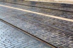 Tramsporen in LISSABON, de sporen van een detailmetaal voor de tram Royalty-vrije Stock Foto's