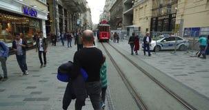 Tramwaj na istiklal ulicie, beyoglu Istanbuł zdjęcie wideo