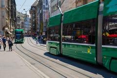 Tramwaj w Basel Miastowi widoki i krajobrazy w mieście obraz stock