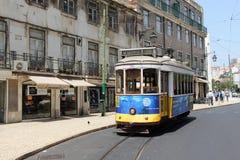 Tramwaj 28 w Lisbon PORTUGALIA 2016 Obrazy Stock