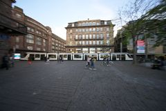 Tramwaj w Strasburg w Francja zdjęcia royalty free