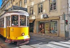 tramwaju lizbońskiej żółty Fotografia Royalty Free
