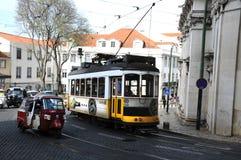 Tramway à Lisbonne Photos stock