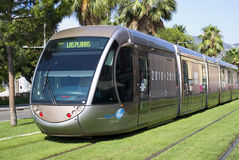 Tramway dans la ville de Nice Photo stock