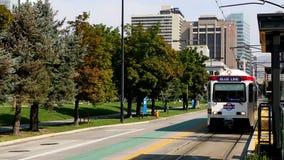 Tramway de Salt Lake City Utah banque de vidéos