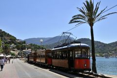 Tramway en Port de Soller photo libre de droits