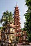 tran för hanoi pagodaquoc royaltyfri foto