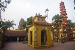 Tran Quoc Pagoda royaltyfri fotografi