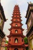 Tran Quoc Pagoda in Hanoi Vietnam lizenzfreie stockbilder