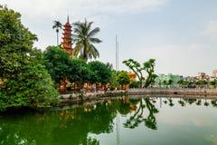 Tran Quoc-Pagode morgens, der älteste Tempel in Hanoi, Vietnam stockbild
