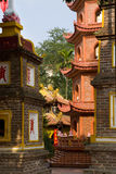 tran vietnam för hanoi pagodaquoc arkivfoto