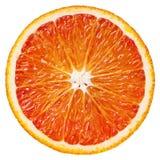 Tranche d'agrumes oranges rouges d'isolement sur le blanc image libre de droits