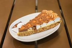 Tranche de gâteau d'amande Image libre de droits
