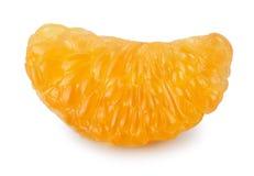 Tranche de mandarine sur le fond blanc Photos libres de droits