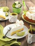 Tranche de tarte de chaux principale photos libres de droits