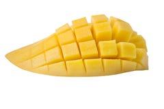 Tranche douce de mangue sur le fond blanc avec le chemin de coupure Photos stock