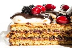 Tranche Mouthwatering de gâteau photographie stock