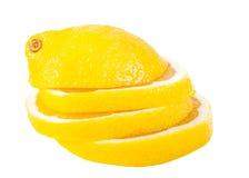 Tranches de citron empilées sur l'un l'autre Photographie stock