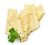 Tranches de fromage sur le fond blanc images libres de droits