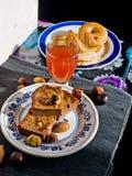 Tranches de gâteau de châtaigne douce Photos stock