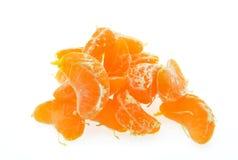 Tranches de mandarine d'isolement sur le fond blanc photographie stock