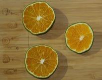 Tranches de mandarine et de chaux Images stock