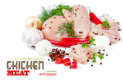 Tranches de viande de poulet sur le fond blanc Images stock