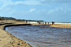Trancoso, Bahia, Brazilië 29 juli, 2017: Strand van de Inwoners Royalty-vrije Stock Foto's