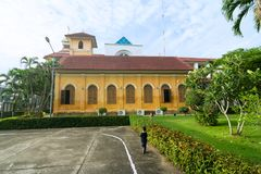 TRANG,泰国- 2018年6月8日:在历史的基督教会大厦年龄旁边100岁在Trang区, Trang Thailan 库存图片