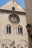 Trani (Apulia, Italië) - Middeleeuwse kathedraal Stock Foto