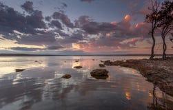 Tranquilidad Australia de la puesta del sol Imagenes de archivo