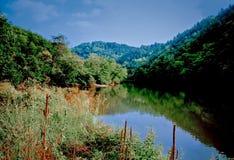 Tranquilidad en las montañas ahumadas Imagen de archivo libre de regalías