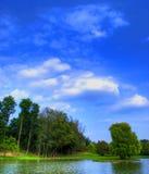 Tranquilité par un lac Image stock