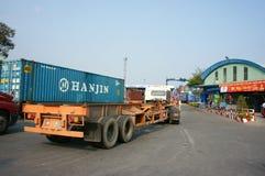 Trans. export, import, Ho Chi Minh port royaltyfri fotografi