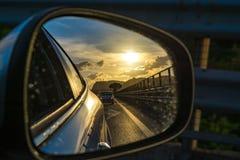 Trans. i Italien, huvudväg på Sicilien, sikt från bilarna M Royaltyfri Foto