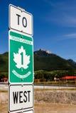 Trans-Kanada-Landstraße - Verkehrsschild Stockbilder