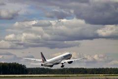 Transaero波音777-300 免版税库存照片