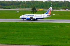 Transaero Airline Boeing 737-524 aircraft  in Pulkovo International airport in Saint-Petersburg, Russia Royalty Free Stock Photos