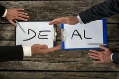 Transakcja biznesowa lub transakci pojęcie obrazy royalty free
