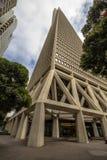 Transamerica pyramid underifrån, San Francisco Arkivbild