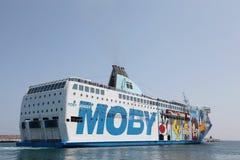 Transbordador de Moby entre Córcega e Italia Foto de archivo libre de regalías