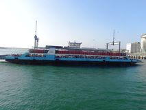 Transbordador de pasajero Mombasa en la costa africana del este Imagen de archivo