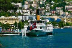 Transbordador del lago Lemán en Montreux imágenes de archivo libres de regalías