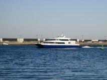 Transbordador del mar en el puerto de Boston Imágenes de archivo libres de regalías